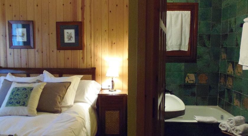 Galeria fotogr fica del hotel casa rural el xalet de ta ll a la vall de bo - Casa rural vall de boi ...
